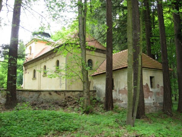 kostel zaniklé vsi Aldašín