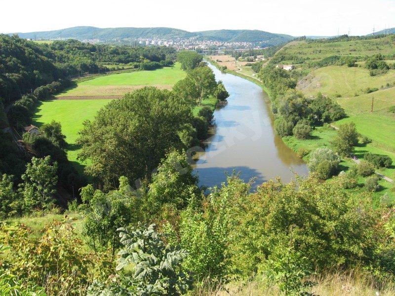 řeka Berounka z Tetína