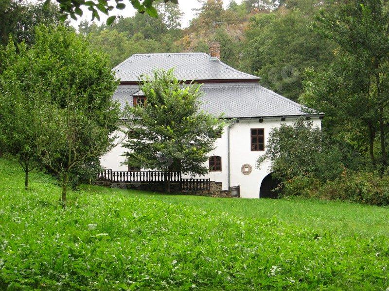 mlýn Denemark v údolí Vrchlice