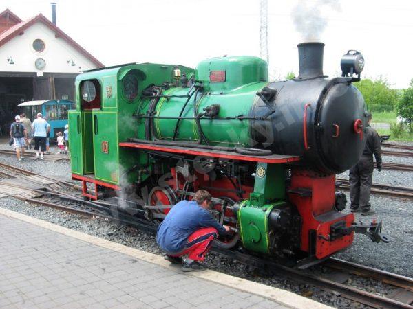 parní lokomotiva jezdící na kolínské řepařské drážce
